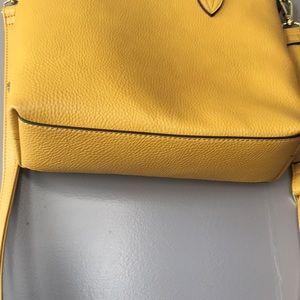Steve Madden Bags - Steve Madden Mustard Bag